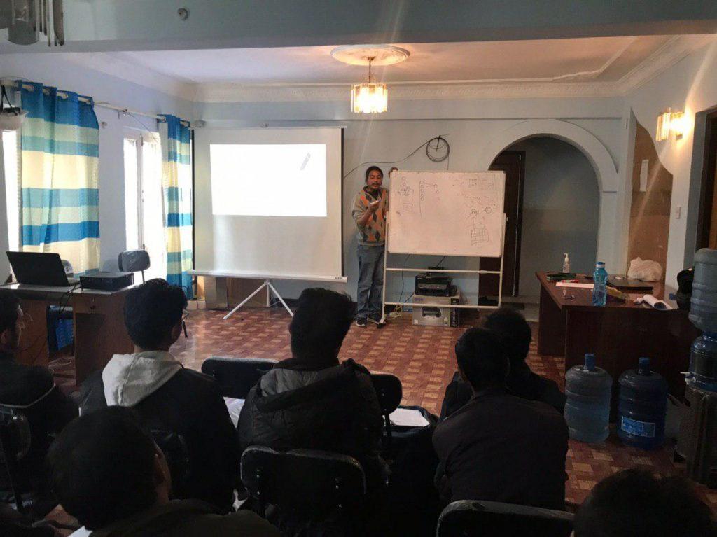 Artificial Intelligence Training Inspiring lab